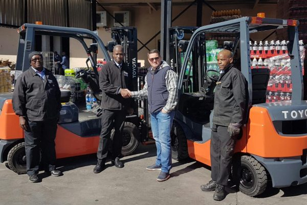 Pick 'n Pay Hyper Fichardt Park renews Toyota forklifts